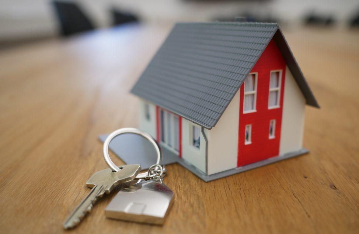 Welke kosten komen kijken bij het kopen van je eerste eigen huis?