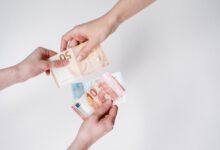 Vier gezinnen open over geldzaken in nieuwe EO-serie: Waar doen ze het van?